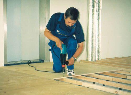 Выравнивание деревянного пола под линолеум и ламинат